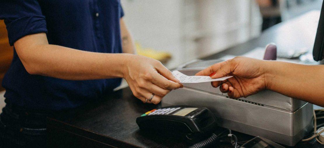 Afinal, banca de jornal precisa emitir nota fiscal?
